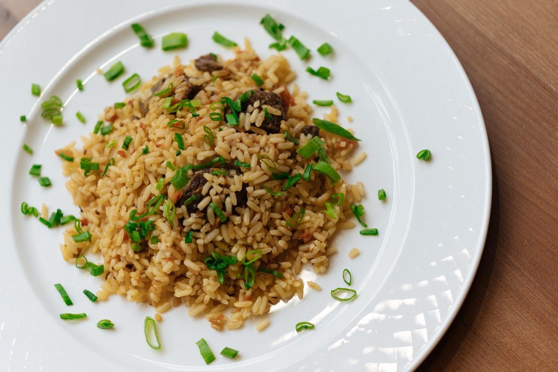 Вкусная еда на Баумана в Казани