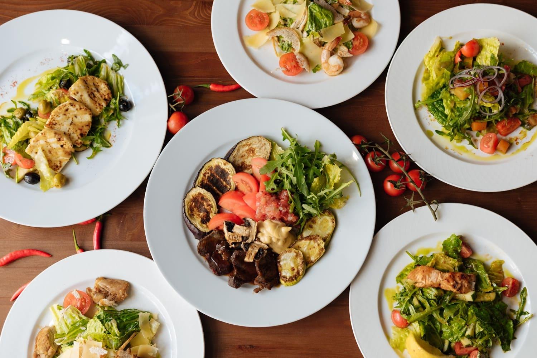 Где поесть на ул. Баумана в Казани вкусно и недорого в центре